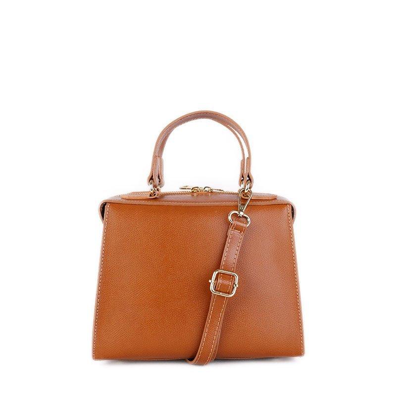 ITALSKÉ Kožená kabelka luxusní crossbody Italská kamel Trimea
