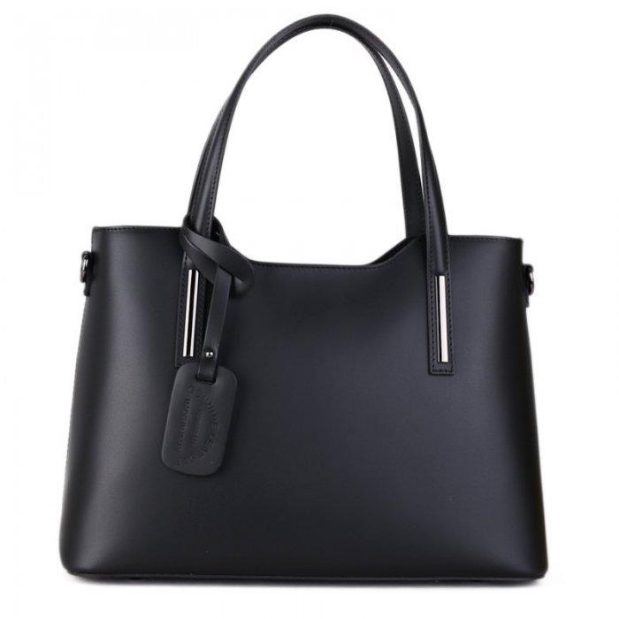 d18b8b223 Luxusné kožené kabelky přes rameno Carina černé | Emotys.cz