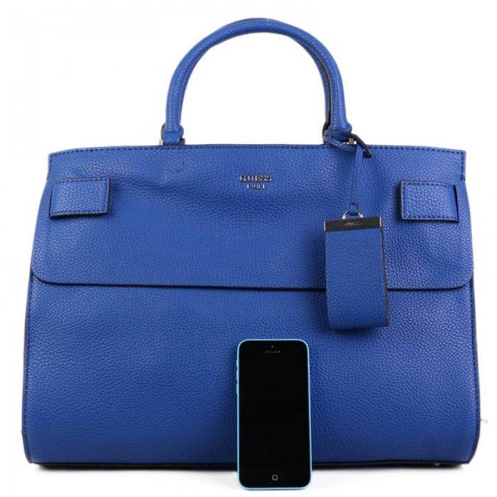 7365a91754 velké modré kabelky guess vy678107
